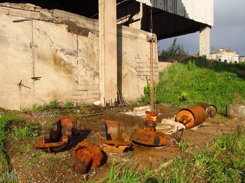 компания Glissade заброшенный завод в киришах компания